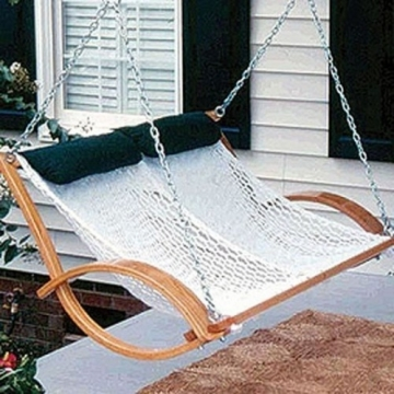 Consider these aspects when buying a porch swing